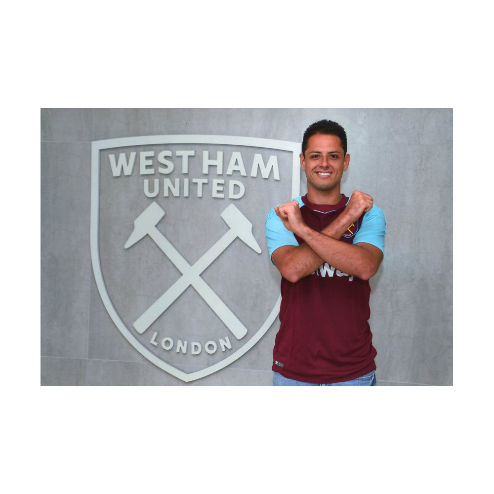 CHICHARITO IRONS PHOTO