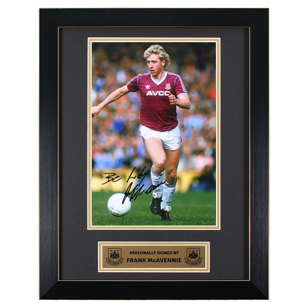 FRANK MCAVENNIE SIGNED FRAMED PRINT