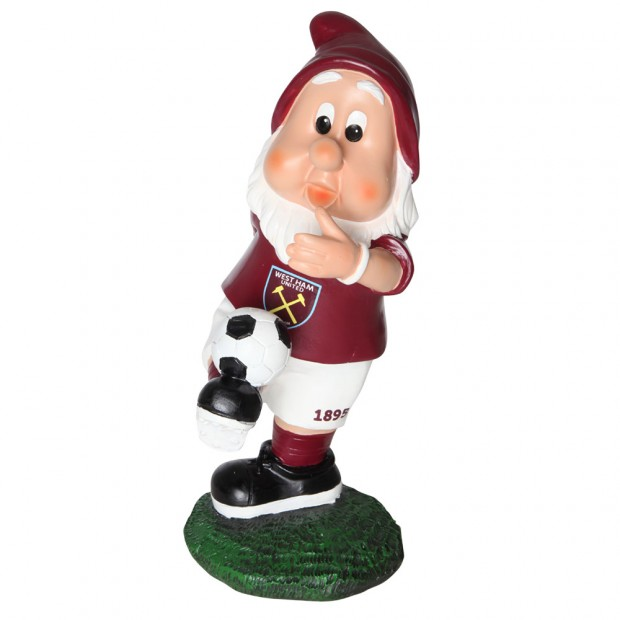 KICKING BALL GNOME