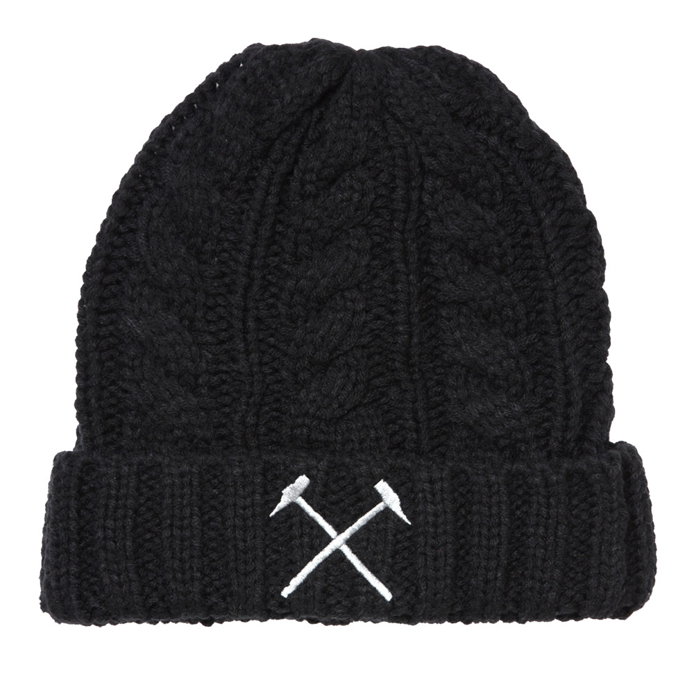 ADULTS CHUNKY CABLE KNIT HAT BLACK