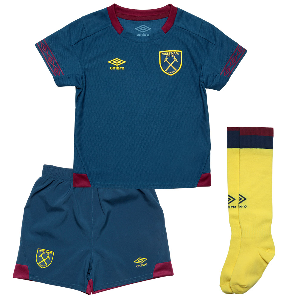 2018/19 INFANT AWAY KIT