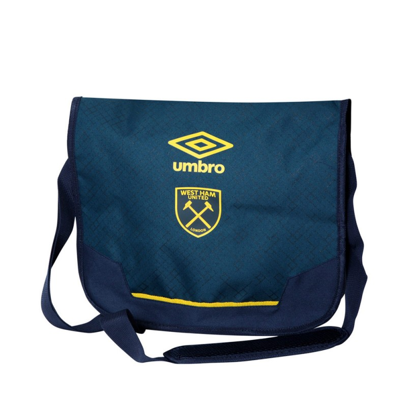 2018/19 UMBRO SHOULDER BAG